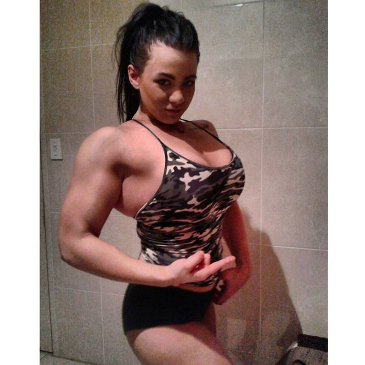 carla-sena-muscle-girl-transformation 12