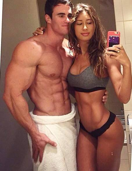 10 Fitness Couples Flaunt Their Hot Bodies