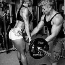 20 HOT Fit Couples That Train Together