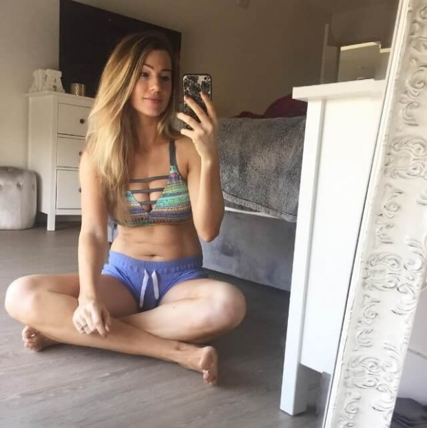 fitnessGirlsOfInstagram (9)